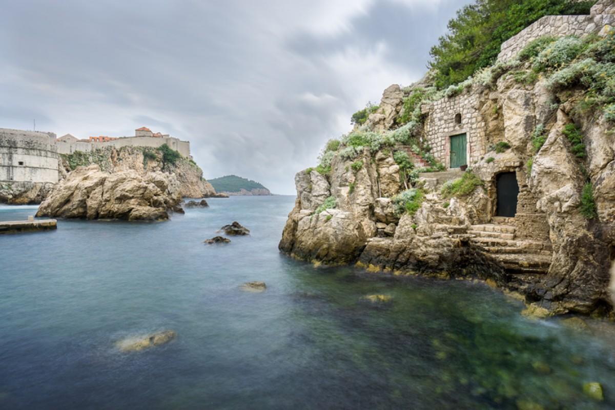 Der Hafen von Kolorina vor der Altstadt von Dubrovnik schreit förmlich nach einer GoT-Szene.