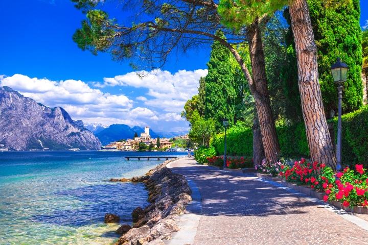 Gardasee_Promenade_Thinkstock-470834522_2