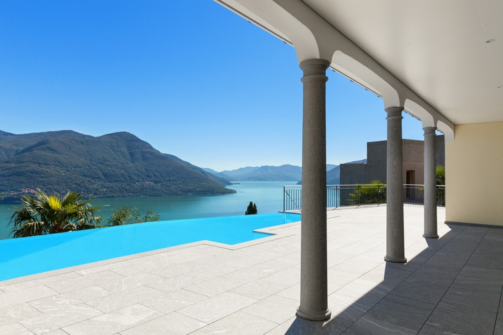 Lago Maggiore, Villa mit Pool und Seeblick