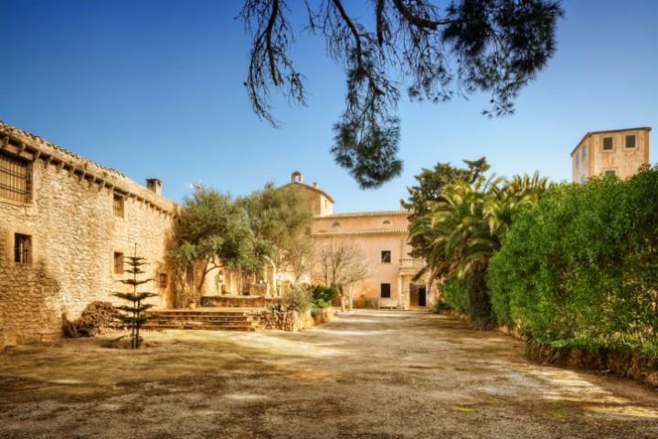 In einer gemütlichen Finca auf Mallorca lässt sich der Winter gut ertragen.