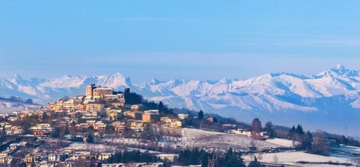 Der Skiverbund Via Lattea im italienischen Piemont lockt mit olympischem Flair, Tiefschnee-Abfahrten und 73 Liften.