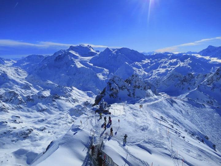 Das Skigebiet 4 Vallees ist das größte Skigebiet der Schweiz und garantiert Pistenspaß auf bis zu 3330 Metern.
