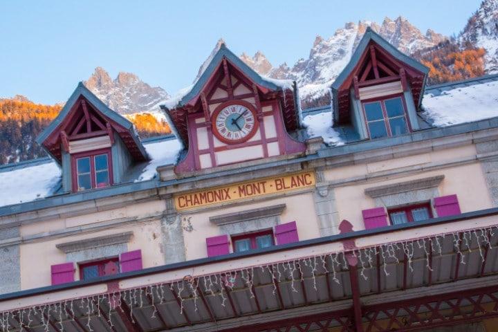 Das Skigebiet Chamonix - Mont Blanc führt Wintersportler auf das Dach Europas.