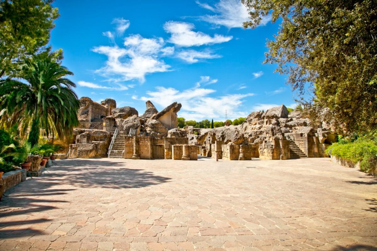 Die römische Ruinenstadt Italica erwacht in GoT Staffel 7 zu neuem Leben.