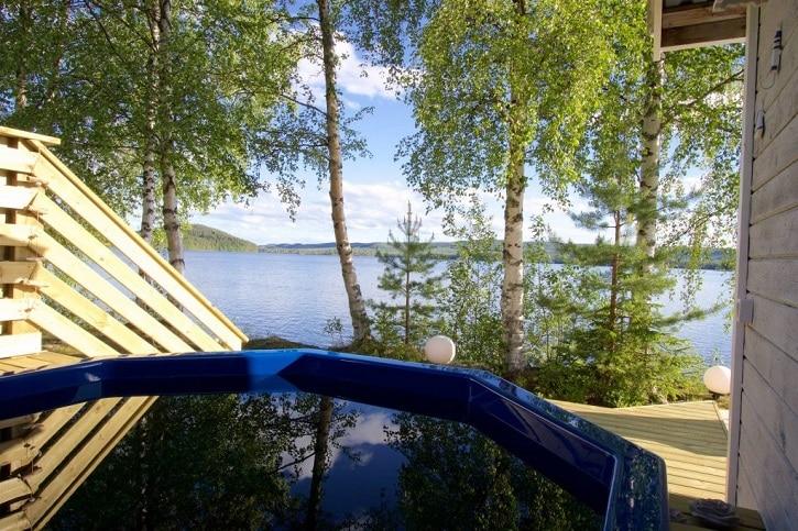 Villa an See in Nordschweden
