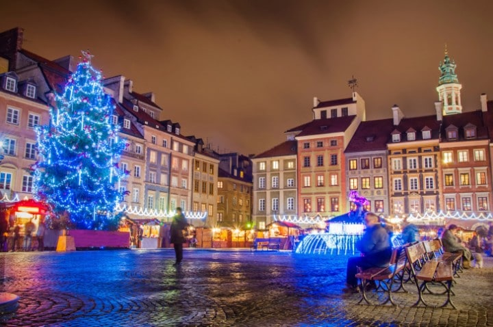 Obwohl in Polen während der Vorweihnachtszeit traditionell gefastet wird, nimmt die Zahl der Weihnachtsmärkte stetig zu.