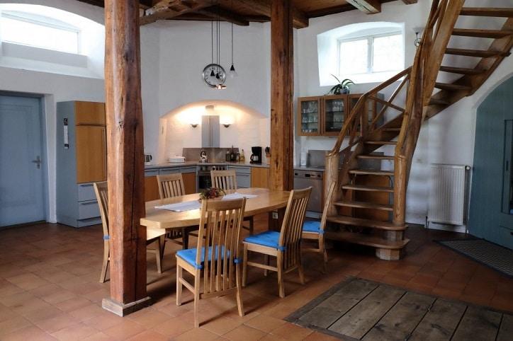 Windm hle baumhaus hausboot 6 ferienhaus ideen f r for Wohnzimmer 20 grad