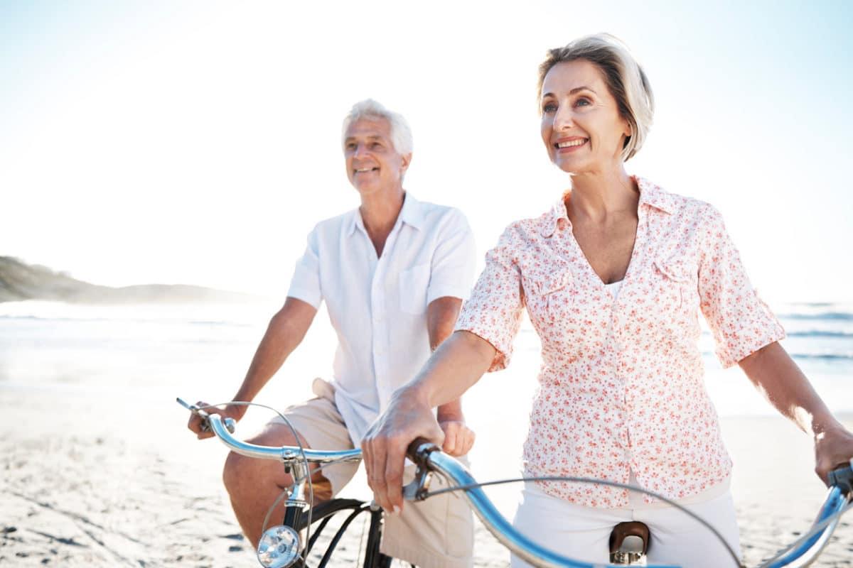 Durch den demographischen Wandel werden Menschen heutzutage nicht nur deutlich älter, sondern sind auch im Alter noch lange fit und reiselustig.