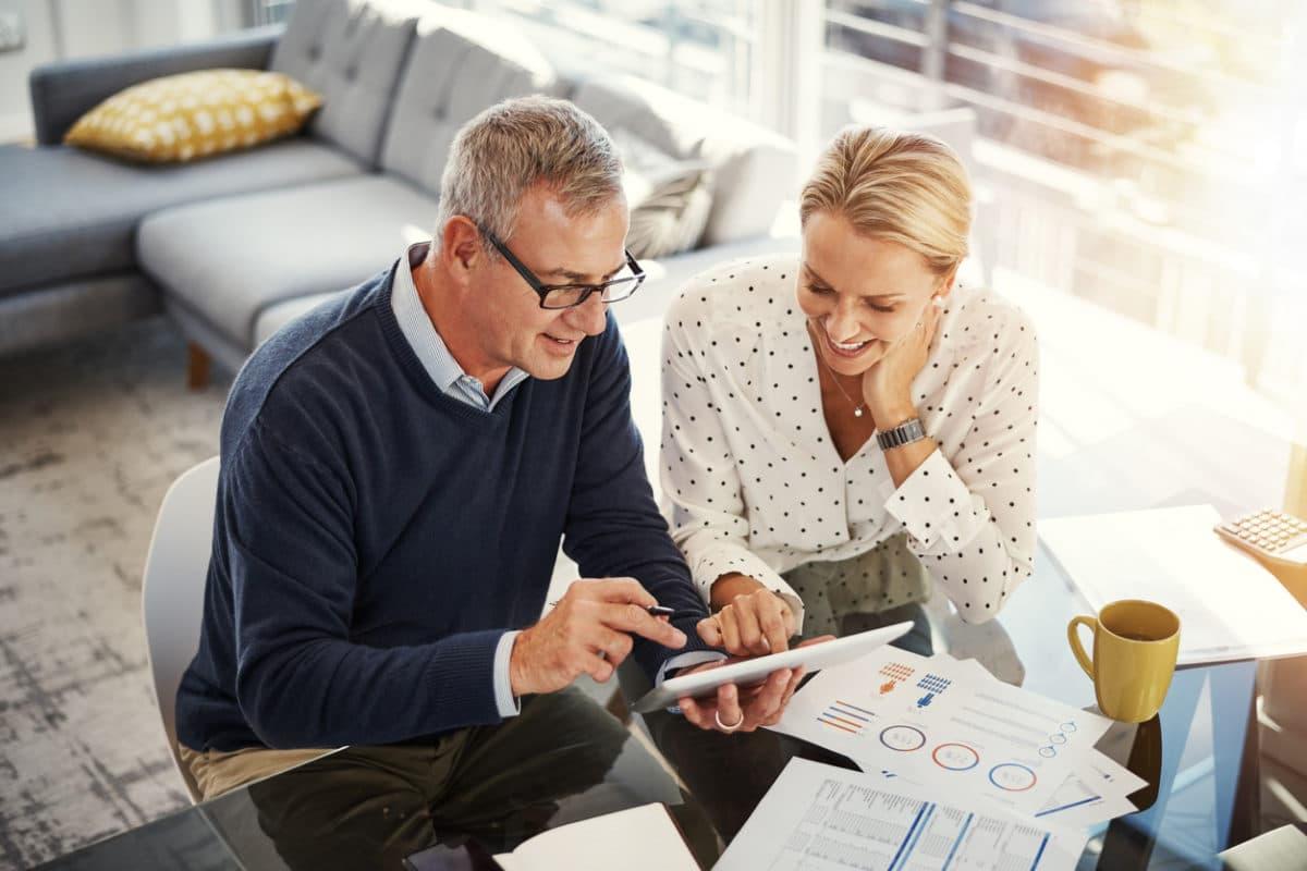 Vergleichen Sie die Angebote der Versicherungen! Für Immobilien im Ausland lassen sich Sie sich auf jeden Fall von einer international tätigen Versicherung beraten.