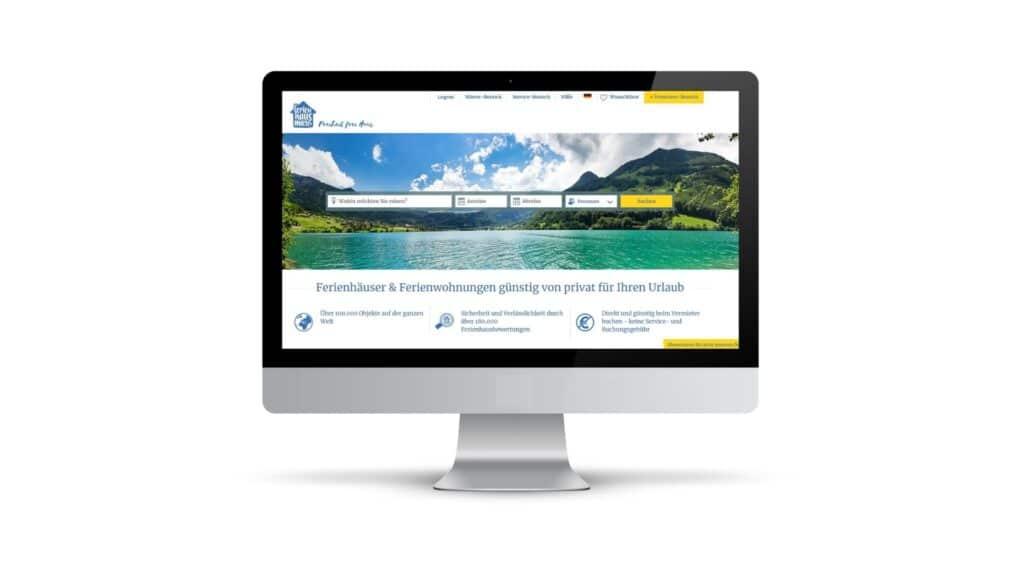 Webseite von Ferienhausmiete.de auf einem Bildschirm